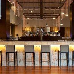 Отель Holiday Inn Porto Gaia Вила-Нова-ди-Гая гостиничный бар