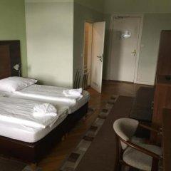 Отель Pension Classic Германия, Берлин - отзывы, цены и фото номеров - забронировать отель Pension Classic онлайн сейф в номере