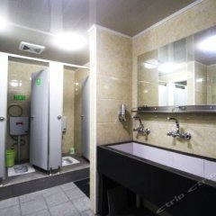 Отель SMART Youth Hostel Китай, Шанхай - отзывы, цены и фото номеров - забронировать отель SMART Youth Hostel онлайн ванная фото 2