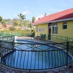 Отель Villa Sonate Ямайка, Ранавей-Бей - отзывы, цены и фото номеров - забронировать отель Villa Sonate онлайн парковка