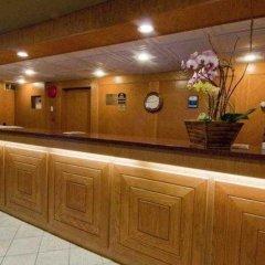 Отель Best Western PLUS Kings Inn & Conference Centre Канада, Бурнаби - отзывы, цены и фото номеров - забронировать отель Best Western PLUS Kings Inn & Conference Centre онлайн интерьер отеля фото 3
