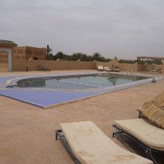 Отель Kasbah Bivouac Lahmada Марокко, Мерзуга - отзывы, цены и фото номеров - забронировать отель Kasbah Bivouac Lahmada онлайн бассейн