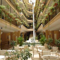 NH Jardines Del Turia Hotel питание