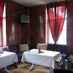 Shans 2 Hostel гостиничный бар