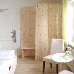 Отель Ringhotel Villa Moritz сейф в номере