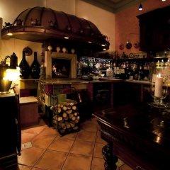 Отель Dwor Giemzow гостиничный бар