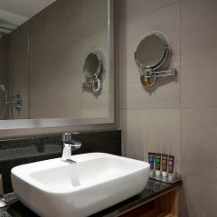 Отель Novotel London Stansted Airport ванная
