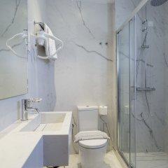 Отель Athos Греция, Афины - отзывы, цены и фото номеров - забронировать отель Athos онлайн ванная фото 2