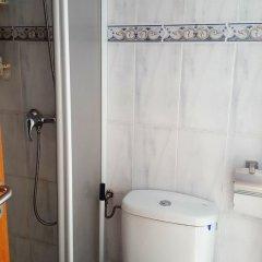 Отель Estudio 1036 - Estrella De Mar 4-2 Испания, Курорт Росес - отзывы, цены и фото номеров - забронировать отель Estudio 1036 - Estrella De Mar 4-2 онлайн ванная