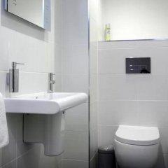 Отель Clamshell Land - Royal Mile Великобритания, Эдинбург - отзывы, цены и фото номеров - забронировать отель Clamshell Land - Royal Mile онлайн ванная