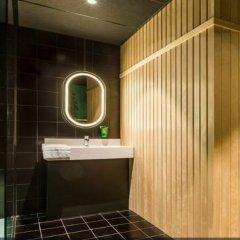 Отель Park Inn by Radisson Brussels Airport ванная фото 2
