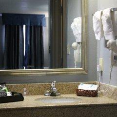 Отель Quarters Inn & Suites ванная