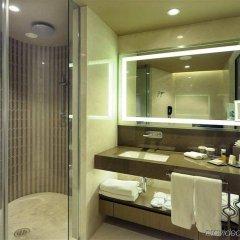 Hilton Istanbul Kozyatagi Турция, Стамбул - 3 отзыва об отеле, цены и фото номеров - забронировать отель Hilton Istanbul Kozyatagi онлайн ванная фото 2