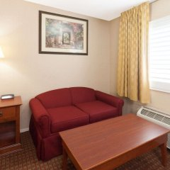 Отель Days Inn by Wyndham Alhambra CA комната для гостей фото 2