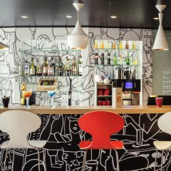 Гостиница Ибис Киевская гостиничный бар