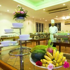Chancery Saigon Hotel питание