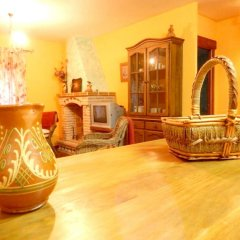 Отель House With 8 Bedrooms in Cenicientos, With Wonderful Mountain View and Furnished Terrace Эль-Баррако развлечения