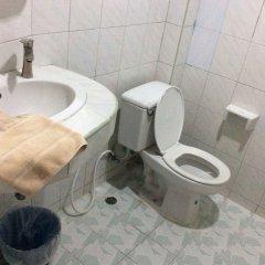 Отель Baan Boa Guest House Патонг ванная