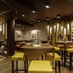 Апартаменты La Farina Apartments Флоренция гостиничный бар