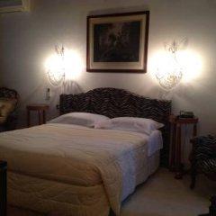 Отель Country House Casino di Caccia сейф в номере