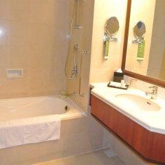 Отель Evergreen Laurel Hotel Penang Малайзия, Пенанг - отзывы, цены и фото номеров - забронировать отель Evergreen Laurel Hotel Penang онлайн ванная