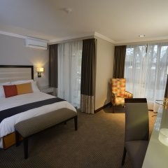 Regent Select Hotel Габороне комната для гостей