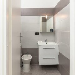 Апартаменты L'Opera Apartments ванная фото 2