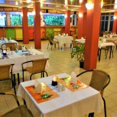 Отель Hexagon International Hotel Фиджи, Вити-Леву - отзывы, цены и фото номеров - забронировать отель Hexagon International Hotel онлайн питание фото 3