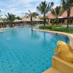 Отель Chalong Villa Resort and Spa бассейн фото 2