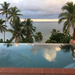Отель Island Breeze Fiji Савусаву бассейн