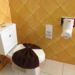 Отель Baan Kongdee Sunset Resort Пхукет ванная фото 2