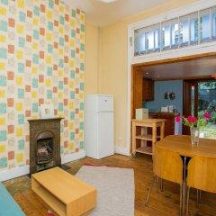 Отель 1 Bedroom Flat in Highbury комната для гостей фото 2