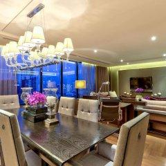 Отель Hilton Sukhumvit Bangkok Таиланд, Бангкок - отзывы, цены и фото номеров - забронировать отель Hilton Sukhumvit Bangkok онлайн в номере