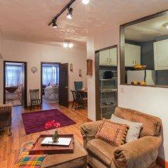 Отель NY072 2 Bedroom Apartment By Senstay США, Нью-Йорк - отзывы, цены и фото номеров - забронировать отель NY072 2 Bedroom Apartment By Senstay онлайн комната для гостей фото 2
