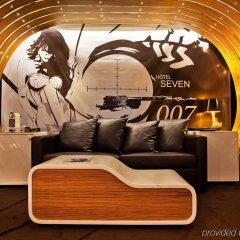 Seven Hotel Paris интерьер отеля