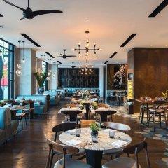 Отель Renaissance Riverside Hotel Saigon Вьетнам, Хошимин - отзывы, цены и фото номеров - забронировать отель Renaissance Riverside Hotel Saigon онлайн питание фото 3