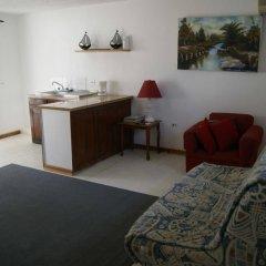 Отель San San Tropez удобства в номере