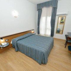 Hotel Chopin Фьюмичино сейф в номере