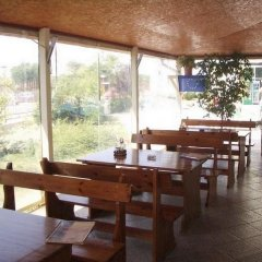 Отель Sunny Holiday Болгария, Солнечный берег - 1 отзыв об отеле, цены и фото номеров - забронировать отель Sunny Holiday онлайн питание фото 2