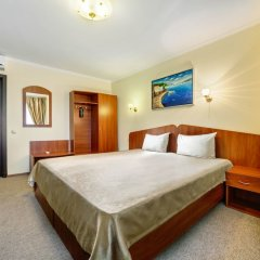 Гостиница Черное море комната для гостей фото 11