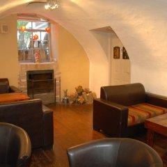 The Little House In Bakah Израиль, Иерусалим - 3 отзыва об отеле, цены и фото номеров - забронировать отель The Little House In Bakah онлайн гостиничный бар