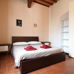 Отель L'attico di Sant'Ambrogio сейф в номере