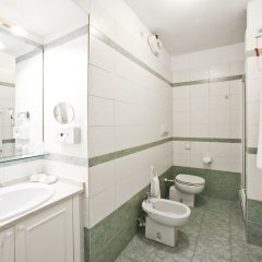Отель Romantik Hotel Villa Pagoda Италия, Генуя - отзывы, цены и фото номеров - забронировать отель Romantik Hotel Villa Pagoda онлайн ванная
