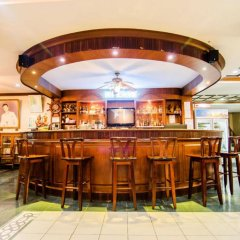 Отель Tony Resort гостиничный бар