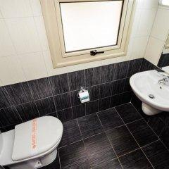Отель Oceanview Luxury Villa 077 Кипр, Протарас - отзывы, цены и фото номеров - забронировать отель Oceanview Luxury Villa 077 онлайн ванная