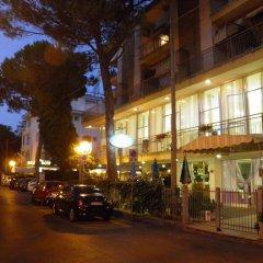 Hotel Savini Римини парковка