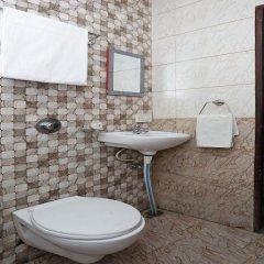 OYO 13214 Hotel Metro 7x11 ванная