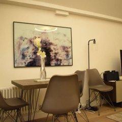 Отель 1 Bedroom Covent Garden Flat Sleeps 4 интерьер отеля