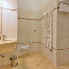 Отель Ontario Чехия, Карловы Вары - отзывы, цены и фото номеров - забронировать отель Ontario онлайн ванная