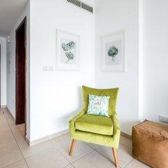 Отель Maison Privee - Burj Residence Дубай комната для гостей фото 5